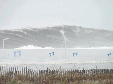 Click image for larger version  Name:Wave off LBI.jpg Views:43 Size:30.2 KB ID:28570
