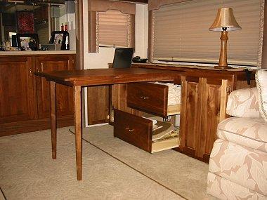 Click image for larger version  Name:RV desk 3.jpg Views:434 Size:846.9 KB ID:28710