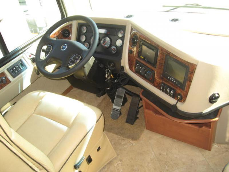 Click image for larger version  Name:2012-Fleetwood-Discovery-interior-3.jpg Views:48 Size:53.4 KB ID:29417