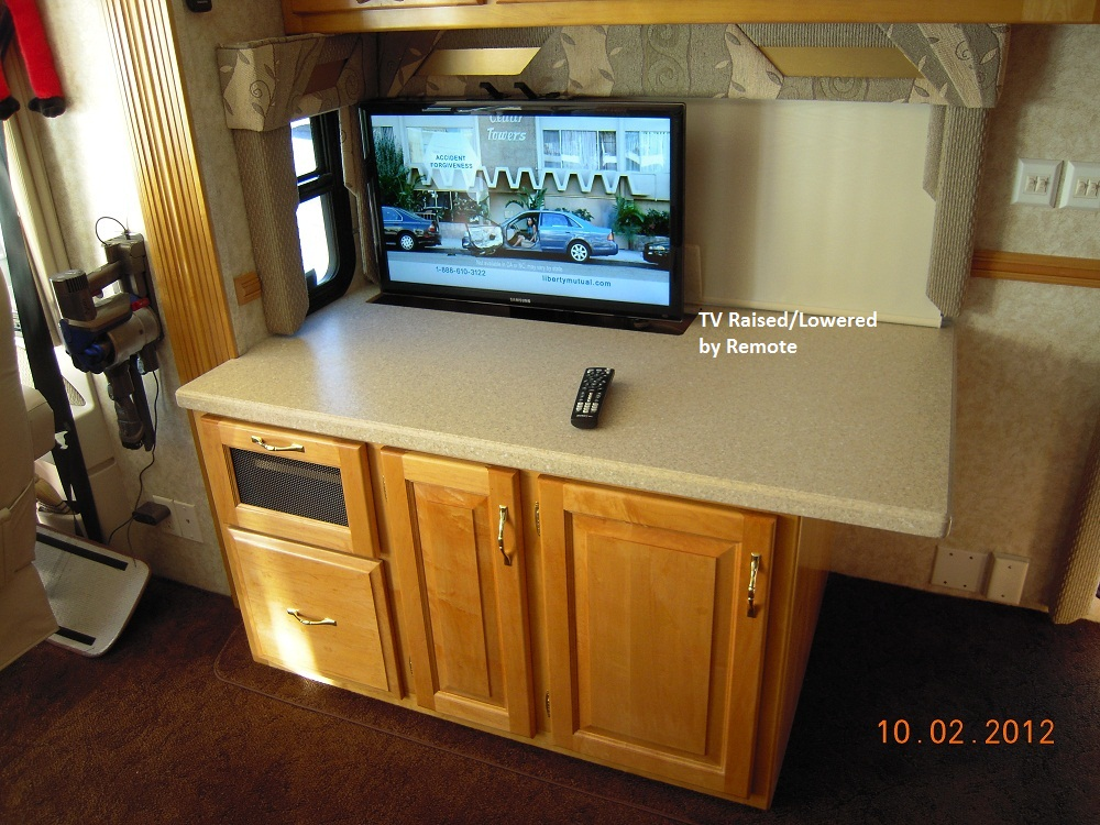 Click image for larger version  Name:TV Comp Cab 1.jpg Views:50 Size:288.1 KB ID:29424