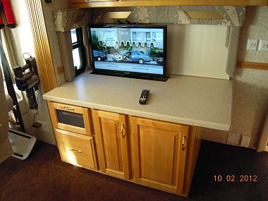 Click image for larger version  Name:TV Cab.jpg Views:88 Size:285.9 KB ID:30469