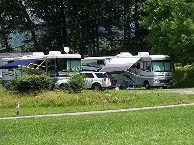 Click image for larger version  Name:Cherokee Flaming Arrow RV Park 1a.jpg Views:26 Size:531.0 KB ID:312639