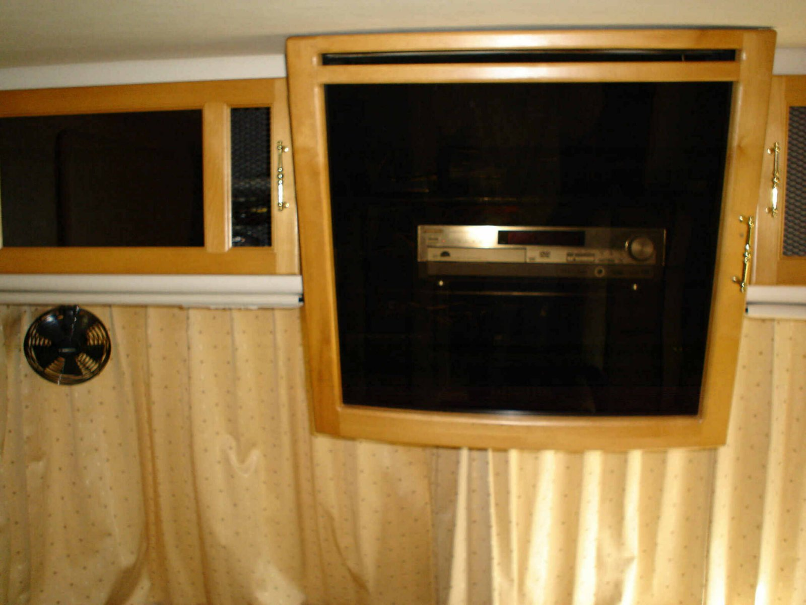 Click image for larger version  Name:Front TV Opening w New Door.jpg Views:47 Size:171.5 KB ID:31448