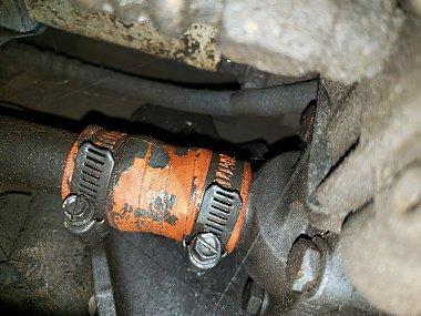 Click image for larger version  Name:Fuel Leak.jpg Views:11 Size:372.1 KB ID:316604