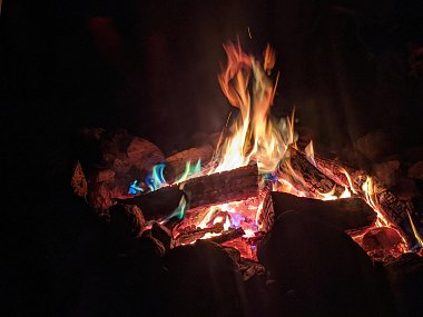 Click image for larger version  Name:Camp fire.jpg Views:6 Size:222.4 KB ID:318664