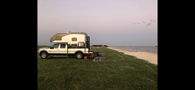 Click image for larger version  Name:Camper at the beach.png Views:5 Size:506.2 KB ID:327178