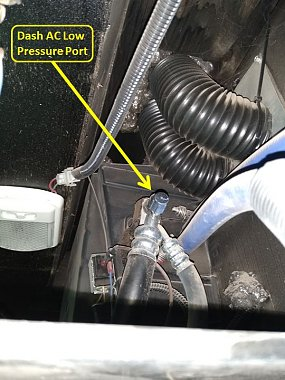 Click image for larger version  Name:Dash AC Low Pressure Port-1.jpg Views:13 Size:75.5 KB ID:328112
