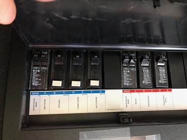 Click image for larger version  Name:Cornerstone - Circuit breaker box - Inverter powered.jpg Views:9 Size:97.0 KB ID:332227