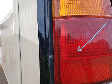 Click image for larger version  Name:Tail Light (3) arrow.jpg Views:7 Size:253.6 KB ID:334086