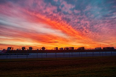 Click image for larger version  Name:Sunrise Day 1.jpg Views:12 Size:203.8 KB ID:344948