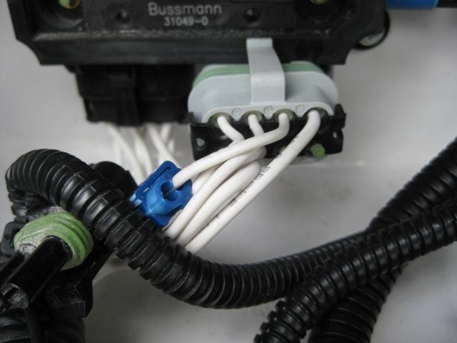 Click image for larger version  Name:Gray Plug-2.jpg Views:33 Size:71.0 KB ID:35833