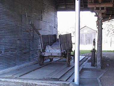 Click image for larger version  Name:Burton Cotton Gin03.jpg Views:59 Size:167.1 KB ID:36778