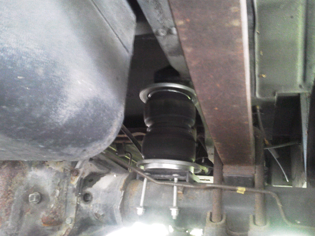 Bounder 93 P30 Air Bags Shot-Replace or New Springs?? - iRV2