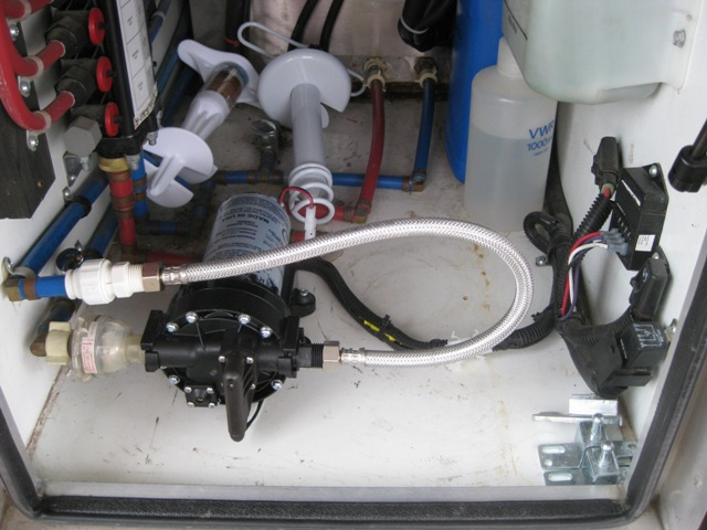 Click image for larger version  Name:Water Pump-1.JPG Views:185 Size:98.3 KB ID:40253