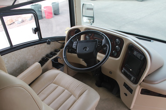 Click image for larger version  Name:Country Coach Interior 002 small.jpg Views:243 Size:108.2 KB ID:43038