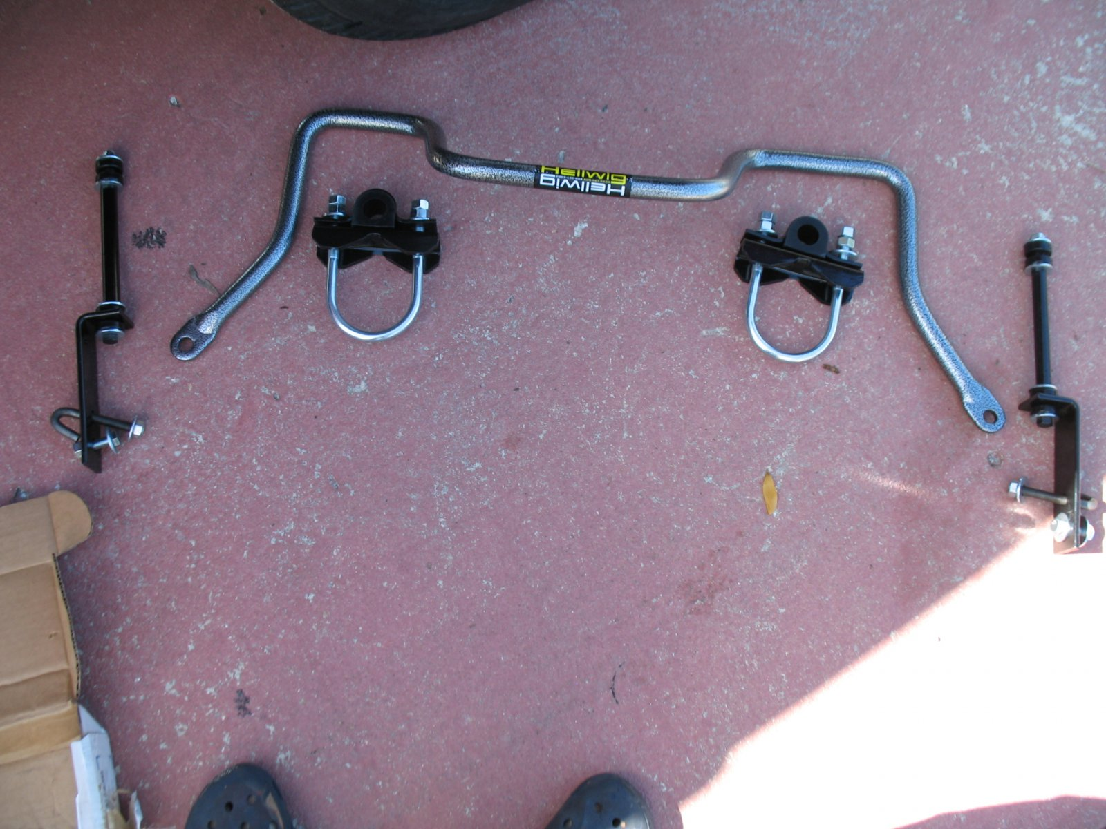 Click image for larger version  Name:hellwig sway bars 003.jpg Views:58 Size:284.7 KB ID:43938