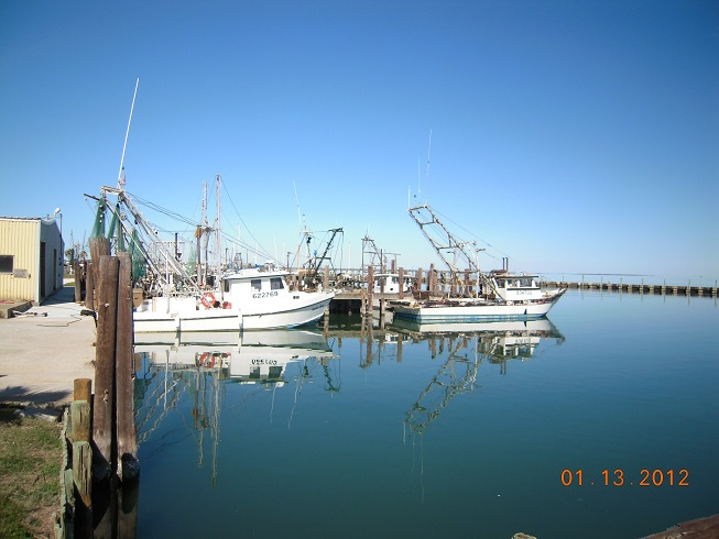Click image for larger version  Name:Rockport Boats.jpg Views:84 Size:95.3 KB ID:44727