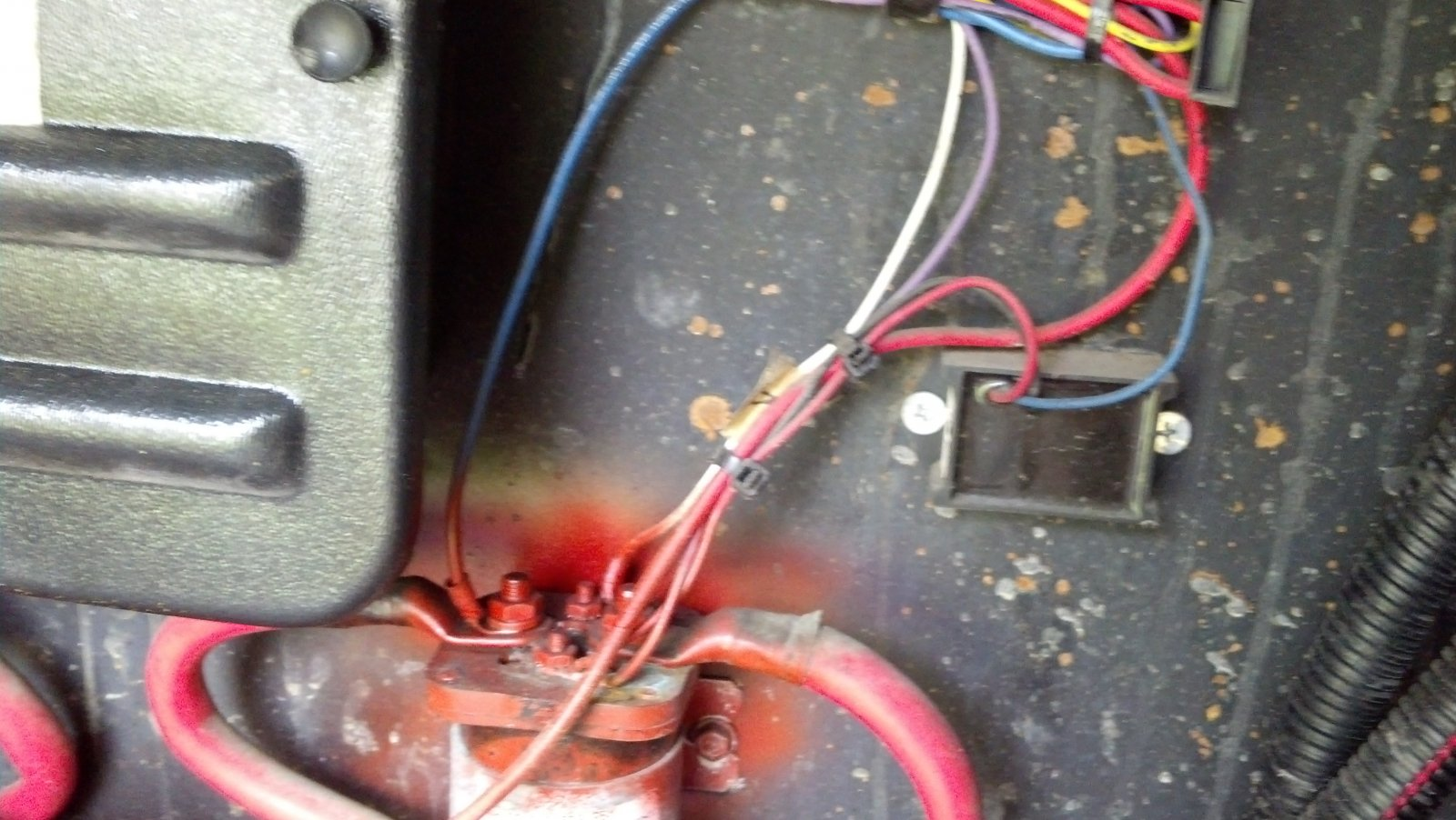 6v House Batteries Are Deformed After 6 Months Use Page 3 Irv2 Club Open Roads Forum Why Should I Switch To Golf Cart Click Image For Larger Version Name Img 20130829 132118 433 Views 107 Size 2255