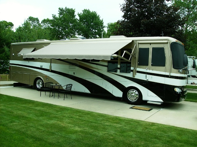 Click image for larger version  Name:jim & sue's 02 beaver.jpg Views:56 Size:201.1 KB ID:4921