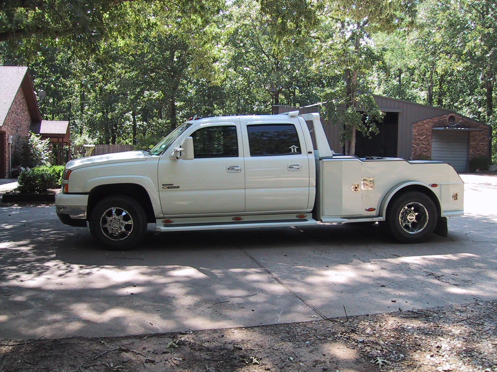 Click image for larger version  Name:Chevy D side 0711.JPG Views:151 Size:866.5 KB ID:50479