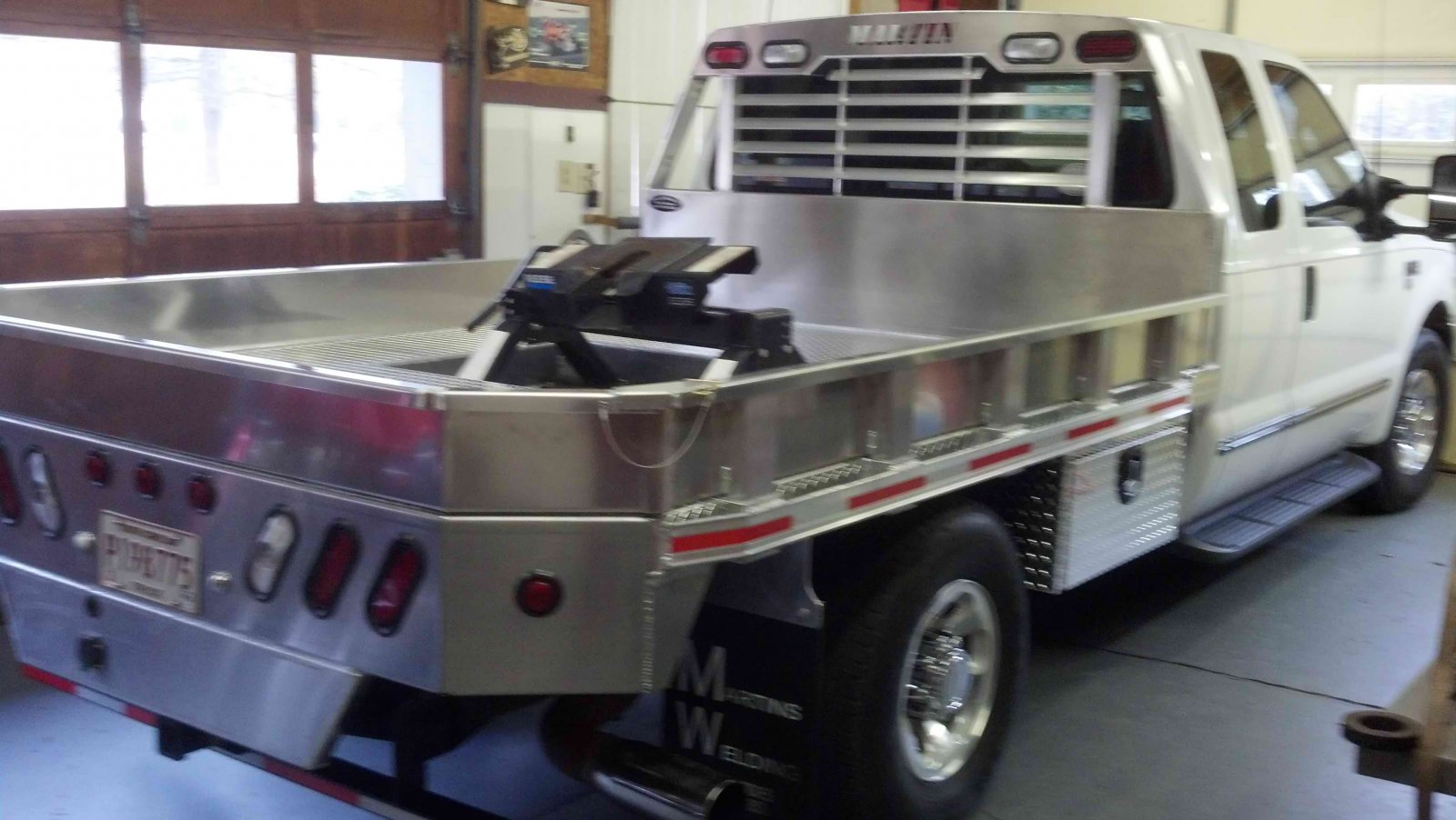 Click image for larger version  Name:truckbed 3.jpg Views:152 Size:184.8 KB ID:51148