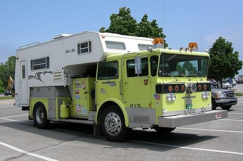 Click image for larger version  Name:fire-truck-camper.jpg Views:53 Size:42.2 KB ID:56859