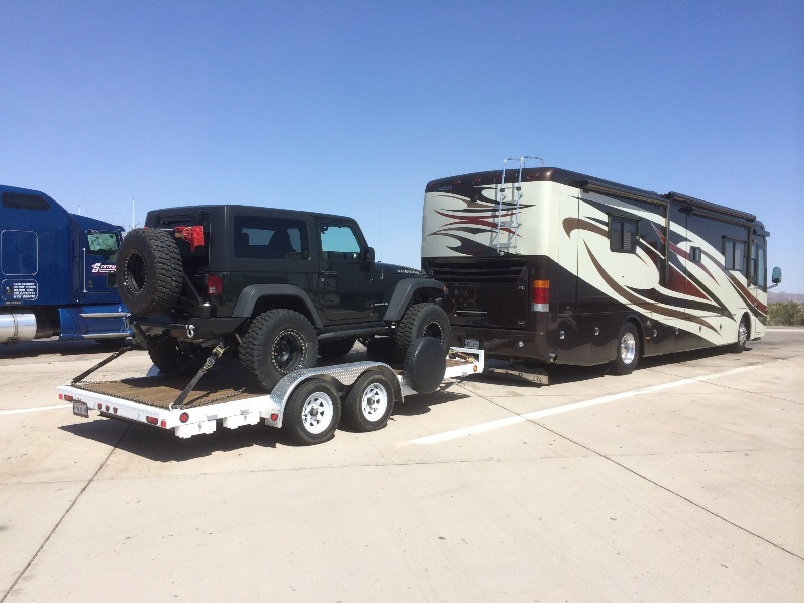 Click image for larger version  Name:tessa and jeep 2.jpg Views:96 Size:234.3 KB ID:60641
