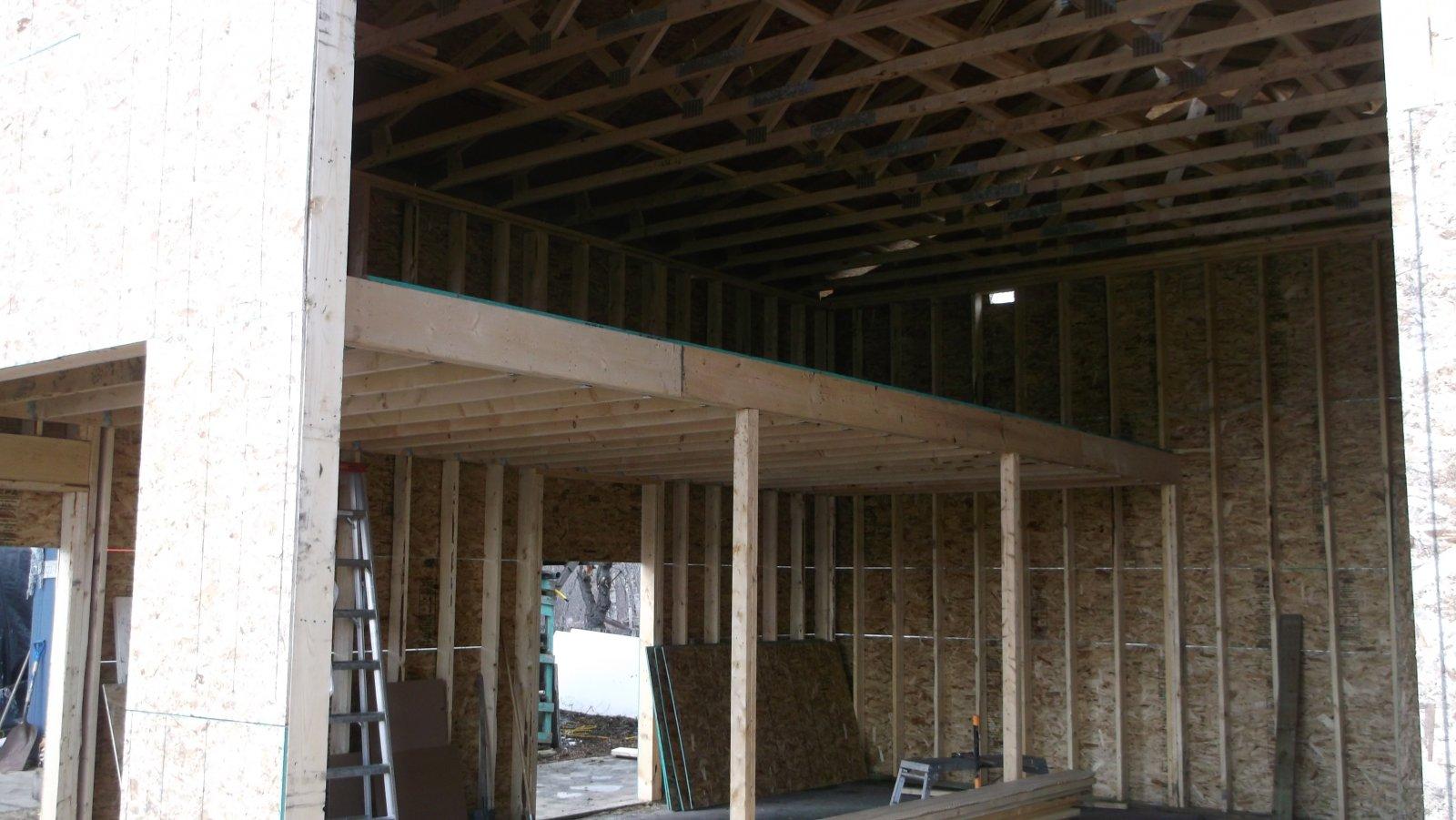 Click image for larger version  Name:garage loft 001.jpg Views:49 Size:204.2 KB ID:62260