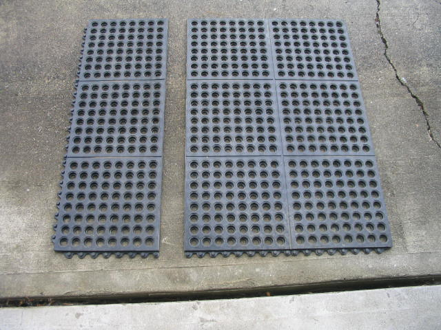 Click image for larger version  Name:Rubber Mat.jpg Views:199 Size:81.0 KB ID:6259