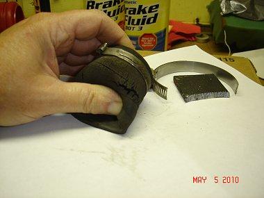 Click image for larger version  Name:DSC04916 Cracked Hose.jpg Views:88 Size:161.8 KB ID:6438