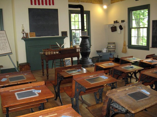 Click image for larger version  Name:Roscoe School House.jpg Views:111 Size:63.3 KB ID:702