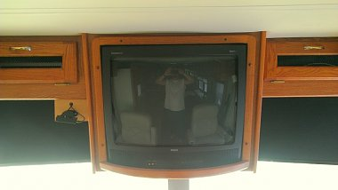 Click image for larger version  Name:MotorhomeTV_old.jpg Views:137 Size:61.9 KB ID:70759
