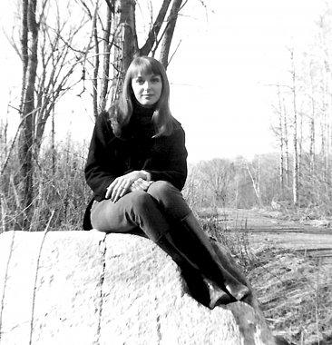 Click image for larger version  Name:Tina68-sm.jpg Views:42 Size:243.9 KB ID:71194