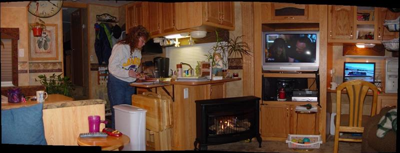 Click image for larger version  Name:fireplacea.jpg Views:67 Size:43.6 KB ID:7433