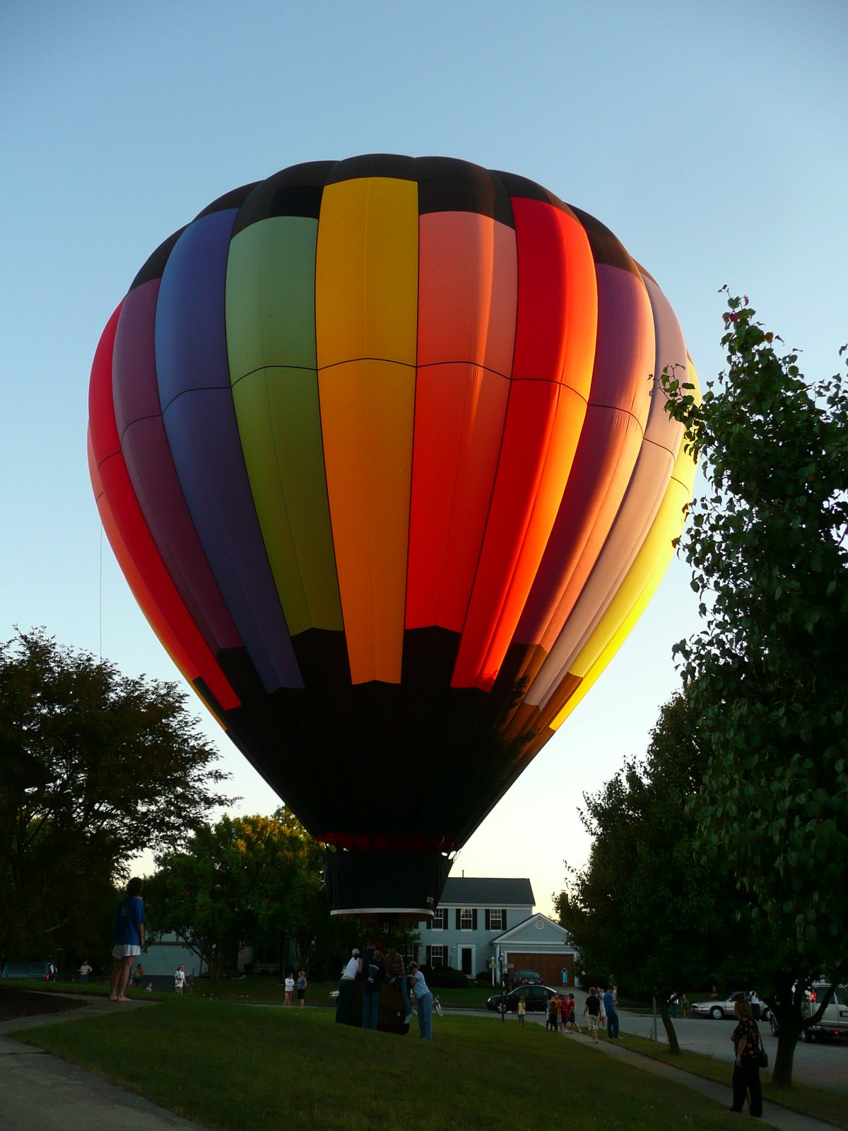 Click image for larger version  Name:balloon 004.jpg Views:40 Size:254.2 KB ID:7520