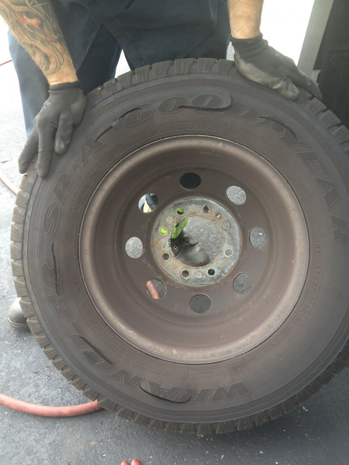Click image for larger version  Name:Six Tire Failures.jpg Views:298 Size:277.0 KB ID:76078