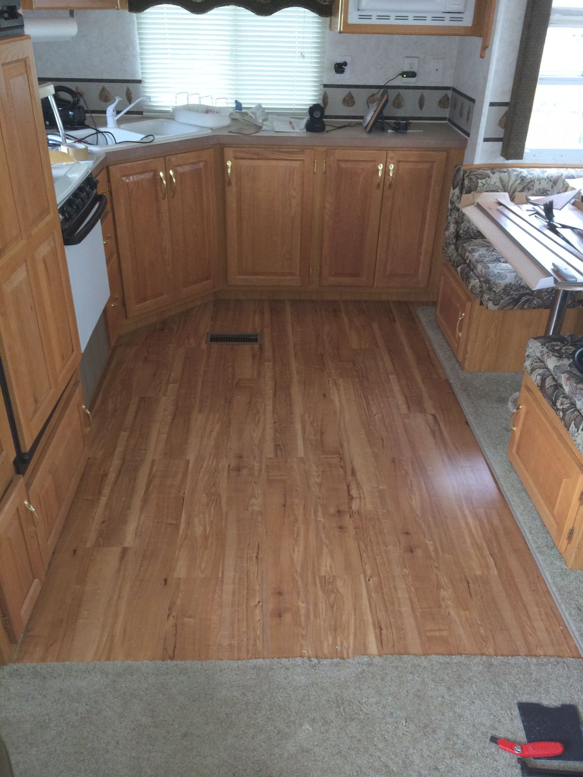 Click image for larger version  Name:floor fixed.jpg Views:123 Size:282.2 KB ID:78148