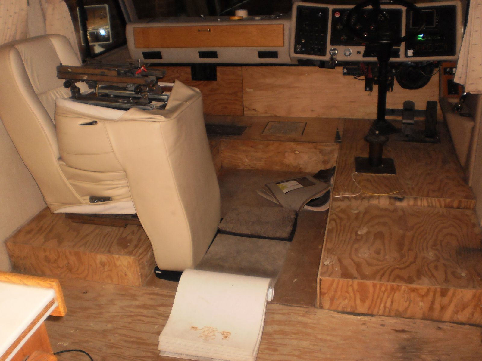 Click image for larger version  Name:front flooring removed.jpg Views:74 Size:224.4 KB ID:78989