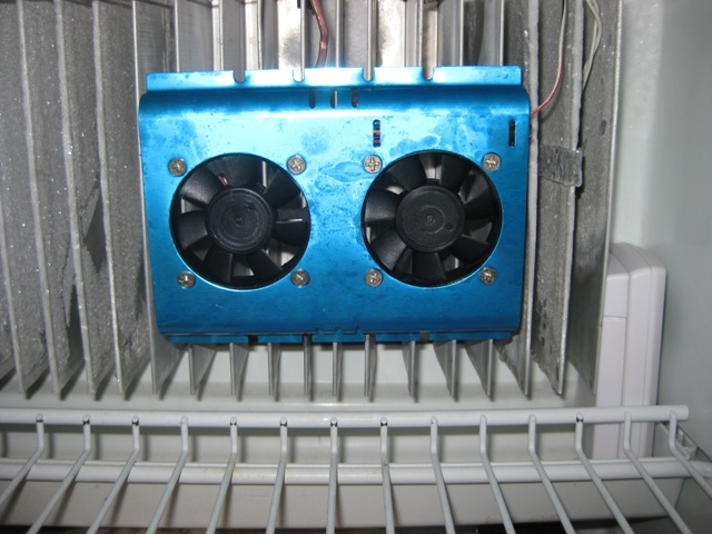 Click image for larger version  Name:Norcold Internal Fan-4.JPG Views:118 Size:98.7 KB ID:7923