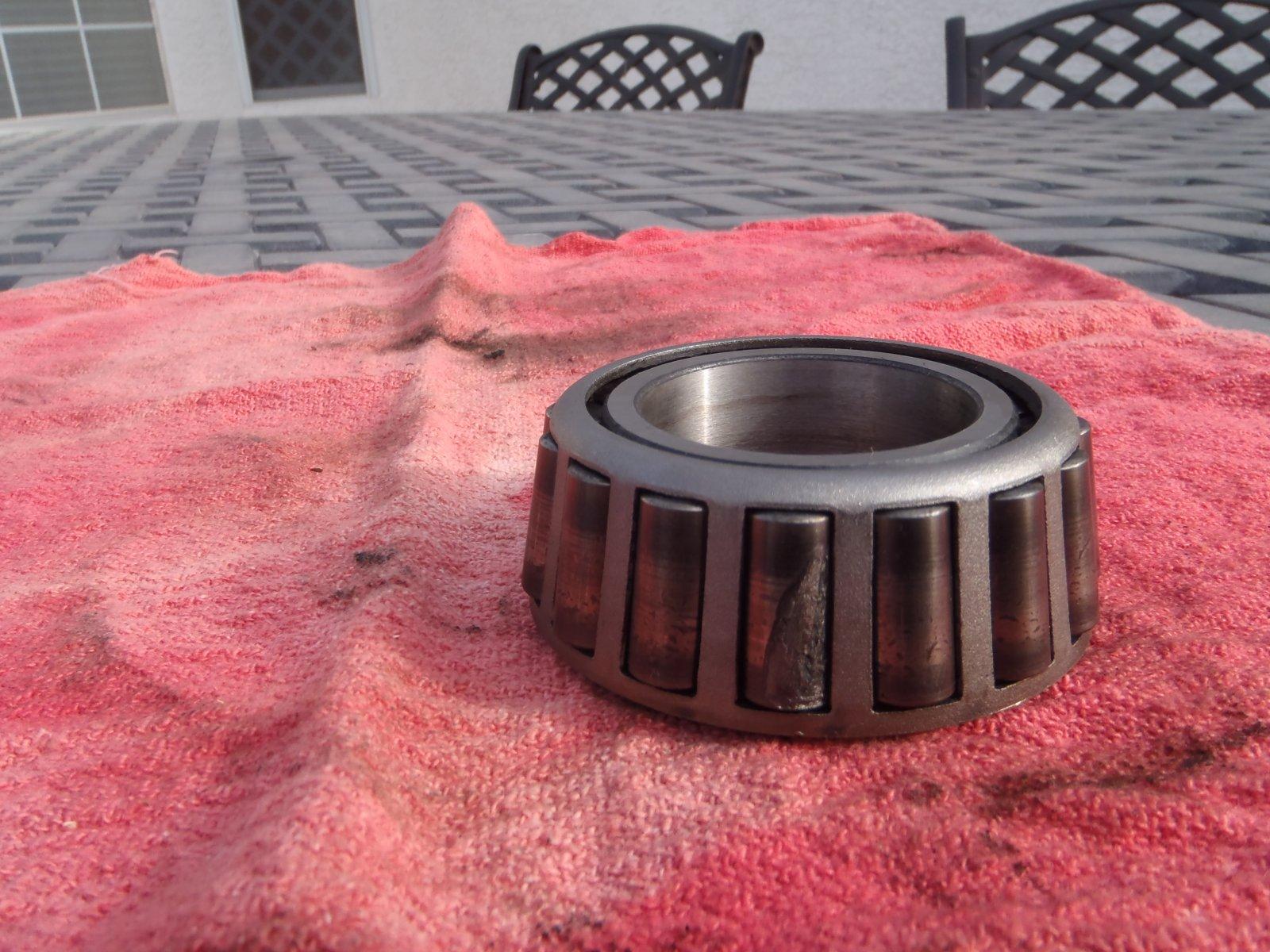 Click image for larger version  Name:winnabago wheel bearing 018.jpg Views:149 Size:316.0 KB ID:81646