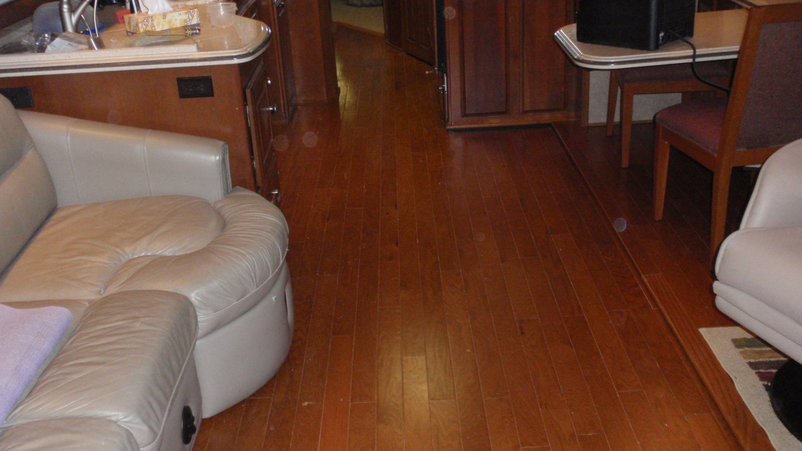 Click image for larger version  Name:H wood Floor (6).jpg Views:281 Size:192.7 KB ID:83836