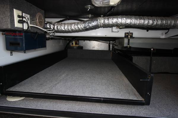 Click image for larger version  Name:Duct work in RV.jpg Views:128 Size:30.8 KB ID:86532