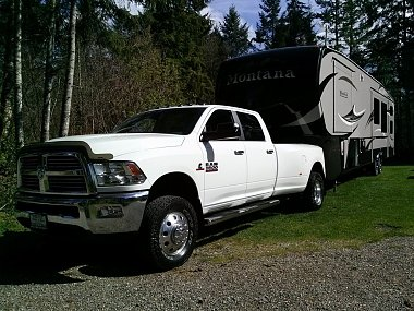 Click image for larger version  Name:2014 Ram 3500 - 2015 Montana High Country 340BH.jpg Views:64 Size:157.7 KB ID:90114