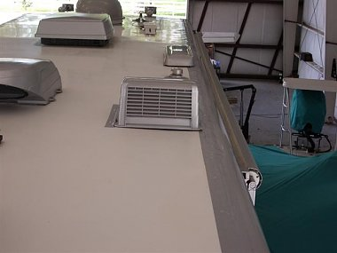 Click image for larger version  Name:Roof Tape 002 (Small).jpg Views:809 Size:36.3 KB ID:93476