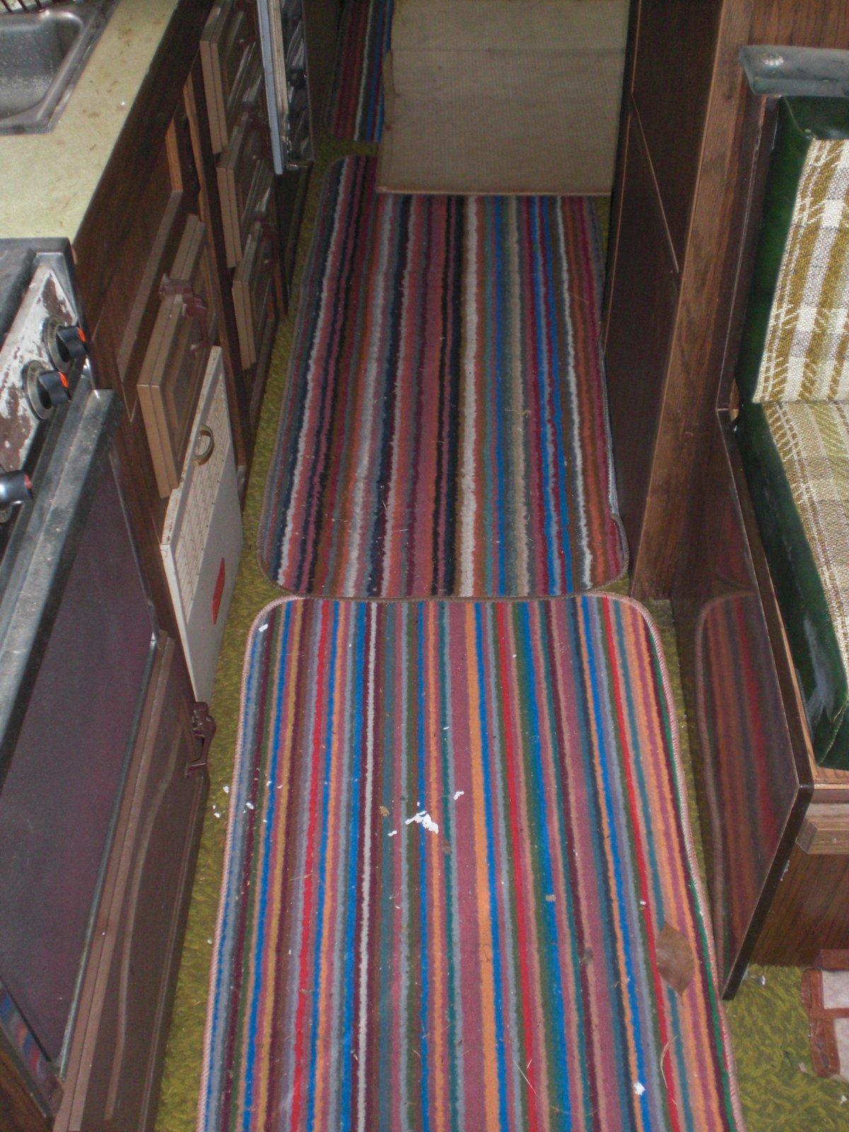 Click image for larger version  Name:carpet on carpet.jpg Views:61 Size:340.0 KB ID:9772