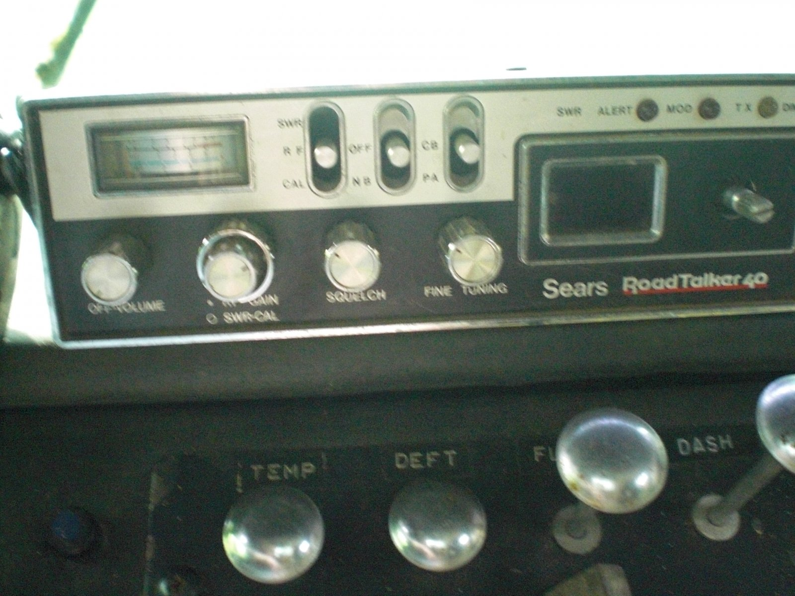 Click image for larger version  Name:cb radio.jpg Views:60 Size:293.0 KB ID:9773