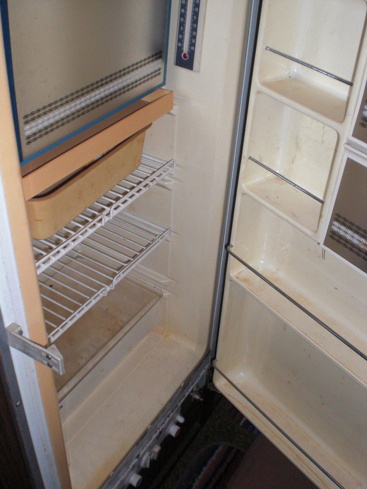 Click image for larger version  Name:fridge.jpg Views:59 Size:248.2 KB ID:9781