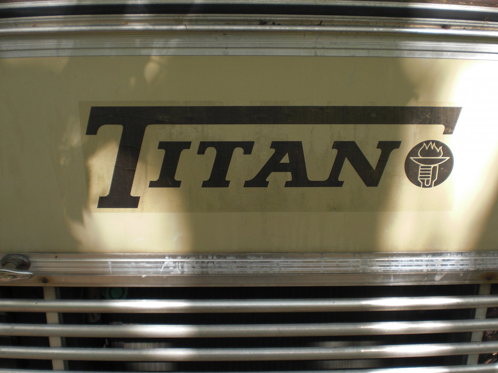 Click image for larger version  Name:titan.jpg Views:153 Size:213.5 KB ID:9818