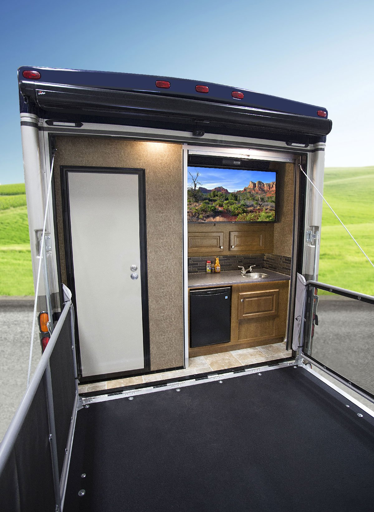 Outlaw toy haulers from thor motor coach continue to for Patio decks for sale
