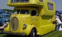 Pickup camper Motorhome